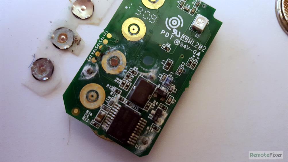 contaminated button array